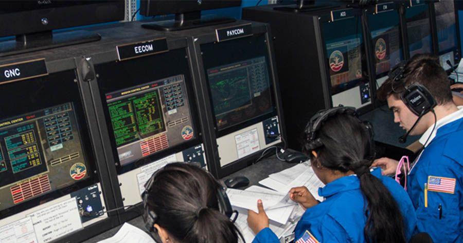 کمپ های دانش آموزی نجوم و فضا در ناسا